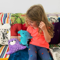 Cuddle Bundle | Plush Seal Figure and Axolotl Plush Toys | Stuffed Animal | Japanese and Mexican Culture | Gifts for Kids | Multicultural toys | Worldwide Buddies