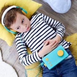 Italian - Italiano Audiobook Player for Kids + Headphones | Lunii - My Fabulous Storyteller | Italian Audio Book for Kids | Italian Audio Stories for Childrens | Audio Device